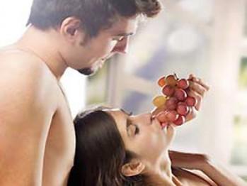 Femeile cu parteneri haioși au orgasme mai puternice